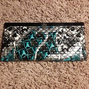 Handbags - Wallet free w/ bundle